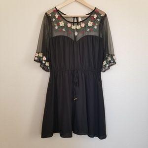 True Destiny Floral Embroidered Dress XL